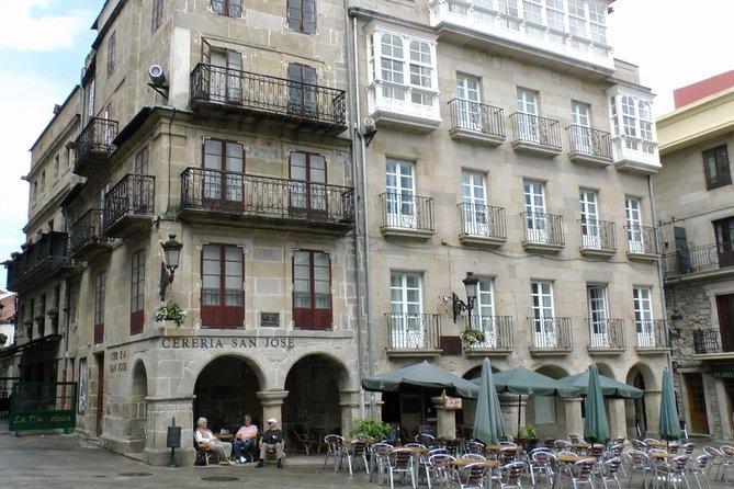 Excursão Gastronômica e de Vinhos a Pé para Grupos Pequenos em Vigo Ótimas Tapas da Galícia, Vigo, Espanha