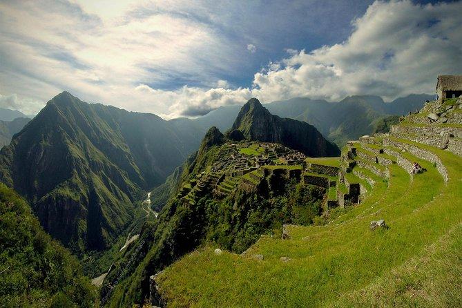 Expedição de trem PeruRail para Machu Picchu, Cusco, PERU