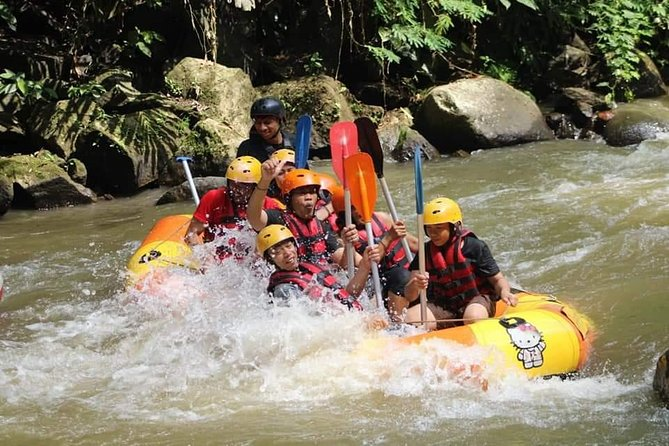 Featured the best choice for Ubud Waterspors water rafting from Seminyak Kuta Legian and all starting point in south of Bali, Enjoy direct private pick up and drop off from all hotel well located in surrounding all starting point. The adventure is tailored with the best of jungle swing as the most amazing thing's to do in Ubud. Well located in a traditional Balinese village about 20 minutes from the center of Ubud, Swing and Rafting will offer an unparalleled experience adventure that is exquisitely of Ubud, grab your attention on the amazing Tegenungan waterfall in the ends of the trip as the amazing gift before heading back to hotel