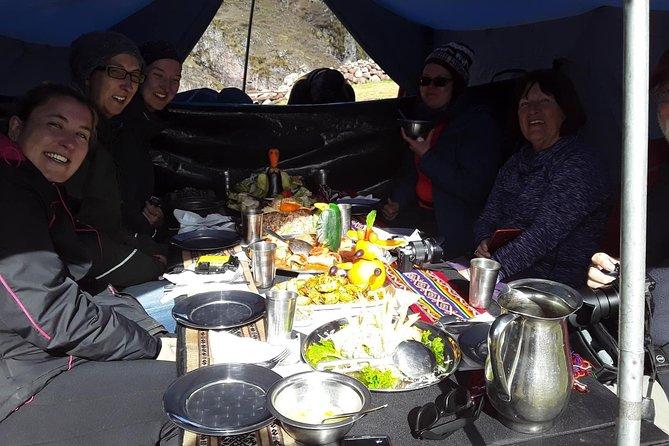 Recorrido de senderismo de 5 días por Salkantay hasta Machu Picchu, Cusco, PERU