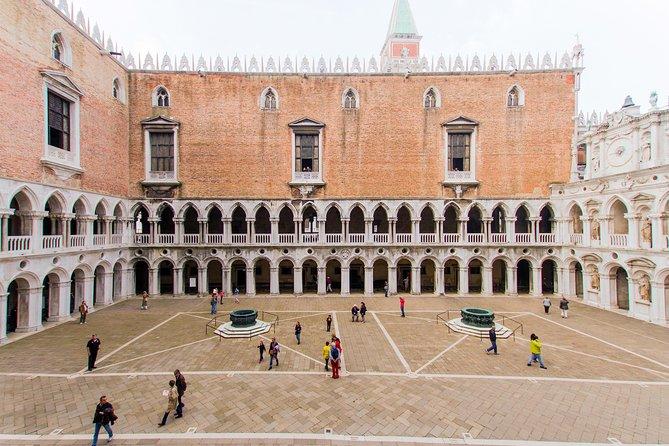 Venecia legendaria con la basílica de San Marcos y el Palacio Ducal, Venecia, ITALIA