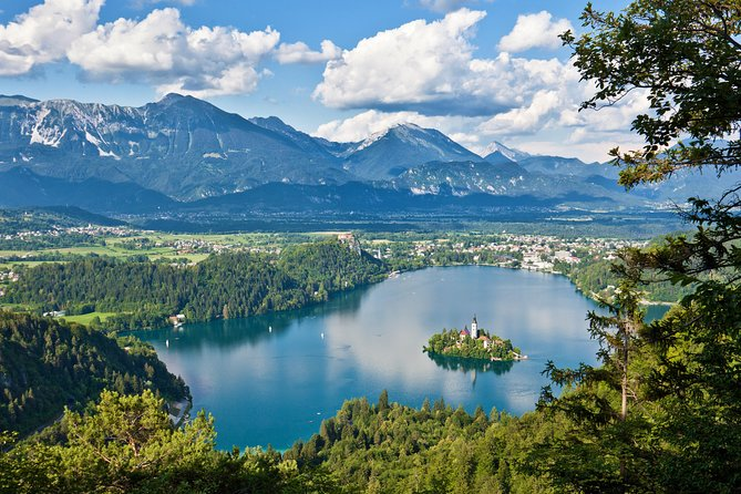 This combined tour will take you to the Postojna Cave system, located in picturesque Karst Region and to Lake Bled, ranked among the most beautiful alpine resorts in the world.