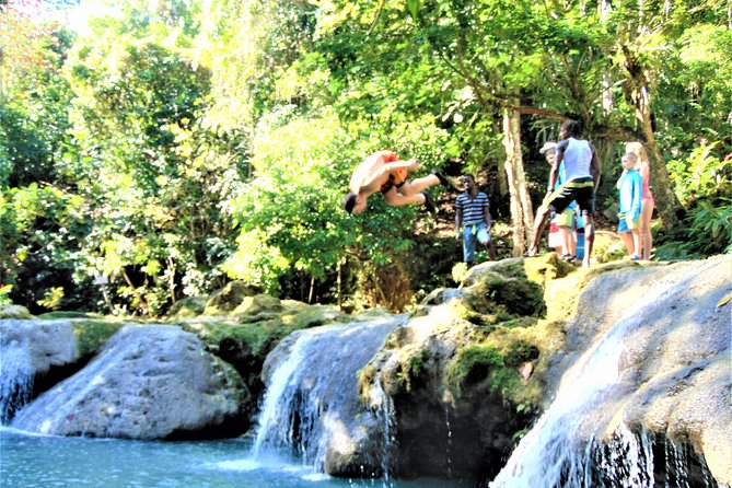 Blue Hole and Secret Falls Day Trip plus Shopping from Falmouth, Falmouth, JAMAICA