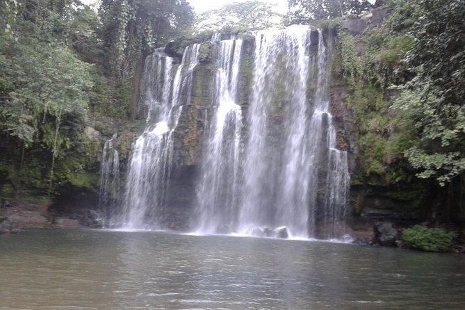Pumas Rescue Center & Llanos Del Cortes Waterfall Swimming, Flamingo beach, COSTA RICA
