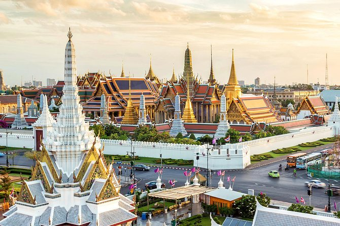 Ask anyone who has been to Bangkok what their 'must see' list of the city entails, and without fail they'll include The Grand Palace. This half-day sightseeing tour in Bangkok can be taken in the morning or afternoon and will allow you the opportunity to explore the complex, accompanied by a local guide. The Grand Palace Complex is home to a number of attractions including Wat Phra Kaew (Temple of the Emerald Buddha).