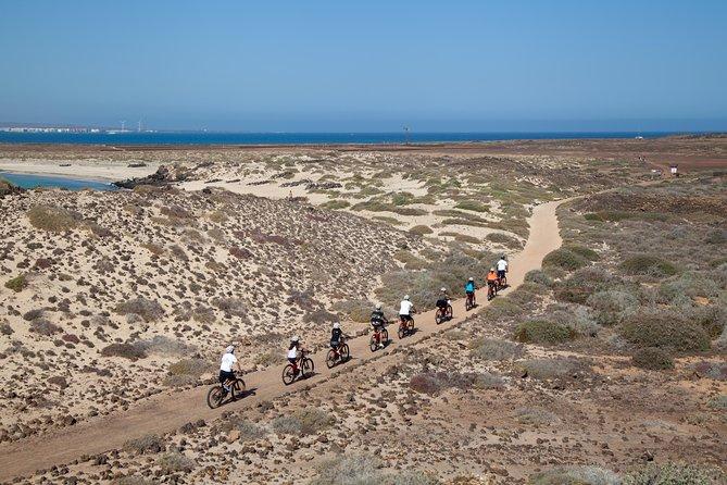 Lobos Island E-Bike Combo Catamaran, Fuerteventura, ESPAÑA
