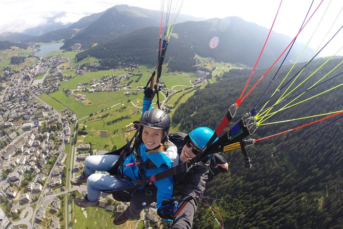 Davos Paragliding Private Tandem Pilot Half Day, Davos, SUIZA