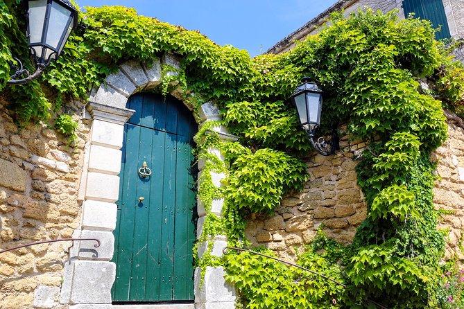 MÁS FOTOS, Avignon & the tiny villages of the Vaucluse to L'Isle sur la Sorgue private tour