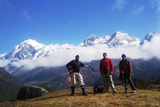 Goechala Pass trek is a unique and memorable trek. In a sence that you can experience high altitude Trekking on various types of terrain and camping in the snow. At Dzongri you will be sorrounded in a semi circular motion by fourteen of the tallest mountains in the Himalayas. An incredible experince of viewing these mountains during sunrise.