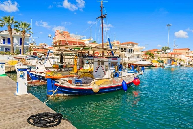We were born and grew up in the Kefalonia. We are also travelers from all over the world. We know our story and live it every day. We know and explore every day all the points of our island.<br><br>Focus Plan<br><br>Our goal is to be able to tell our story. Feel the hospitality of being a local on the island. Enjoy our traditional food. Let us answer all the questions and joyfully travel to all of our city together!!