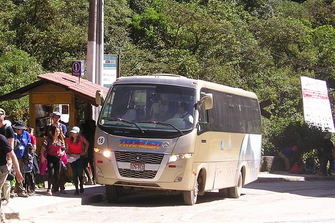 Billetes de ida y vuelta en autobús hasta Machu Picchu., Machu Picchu, PERU