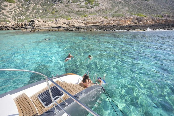 Full-Day Catamaran Cruise to Illetas Beach, Ibiza, ESPAÑA