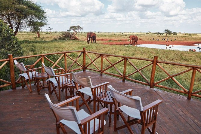 You will be picked from your Mombasa hotel (or Malindi/Watamu/Diani beach/Mombasa Airport) early in the morning and drive to Ngutuni Game Sanctuary - a 10,000 acre private sanctuary adjoining Tsavo East National Park. Lunch at Ngutuni Safari Lodge