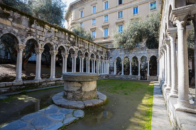 Genoa private guided tour, the explorer Columbus house, the superb Cathedral, Genova, ITALIA