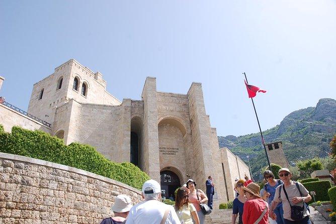 Kruja, Preza Castle & Durres, Tirana, Albânia