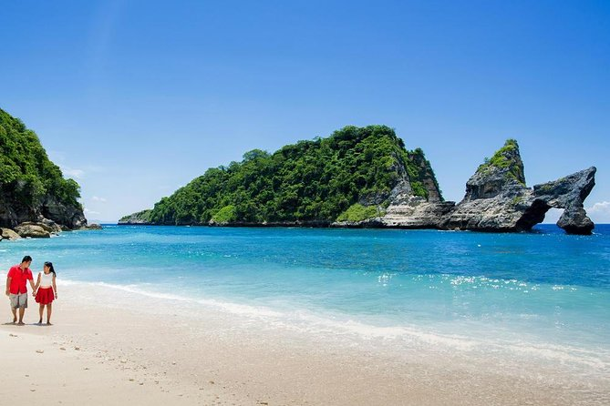 private tour around nusa penida island, seigh seeing beuatiful beaches, wonderful cliff on sunrise area. there is also playing swing on diamond beach, hike down reach beach and go up to top of cliff.