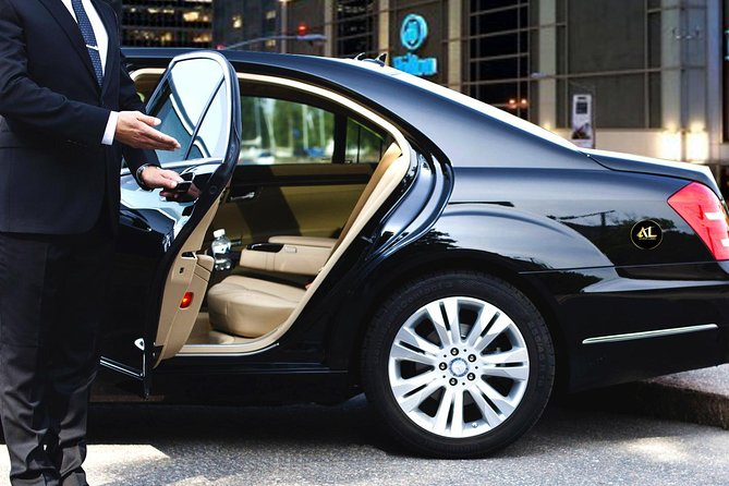 Anton Limo is an elite limo transport company offering fully licensed vehicles and first-class services that meets all of your transportation needs.