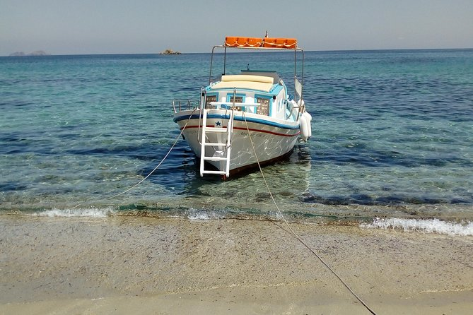Beaches Tour with a Wooden Traditional Boat - Duration 2 Hours or 5 Hours + BBQ, Miconos, GRECIA