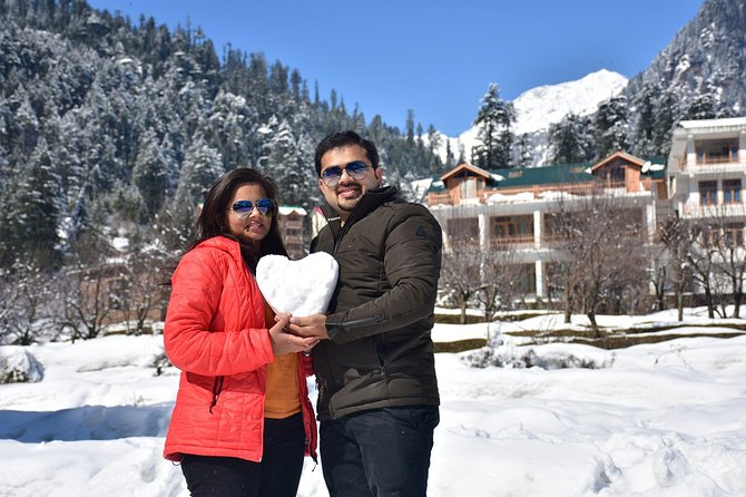 Traveling to your favorite destination but don't know what all things to do?? <br><br>Manali is one of the best places to get clicked in the world, we will give you a fascinating experience in Manali with social media-friendly images. This would not only be ideal for friends, family, couples, solo travelers, but also for wedding photography, pre-wedding shoot and more. We will capture you around the iconic places of Himachal Pradesh such as valley surrounded by Hidimba Devi Temple. An English speaking photographer will make your experience even better.<br><br>A photoshoot can also be done in your scenic Manali Resort ** allowing you more flexibility and convenience ** (permission required from resort management)