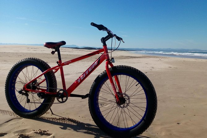 Get access to one of the most remote beaches in South Africa<br><br>Comfortably ride on a specialized 'fat' bike, the perfect transport for the terrain<br><br>A fun and healthy way to see some of South Africa's most beautiful unspoiled beaches<br>