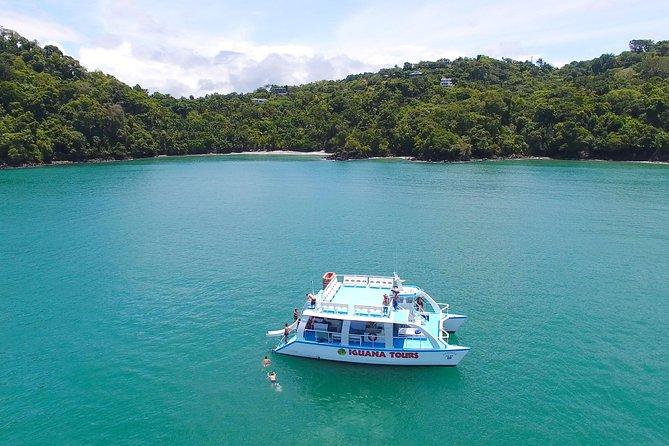 Crucero en catamarán desde Manuel Antonio con buceo de superficie o atardecer, Quepos, COSTA RICA