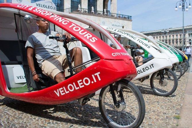 Two Hours Sightseeing Tour in Rickshaw in Milan, Milão, Itália