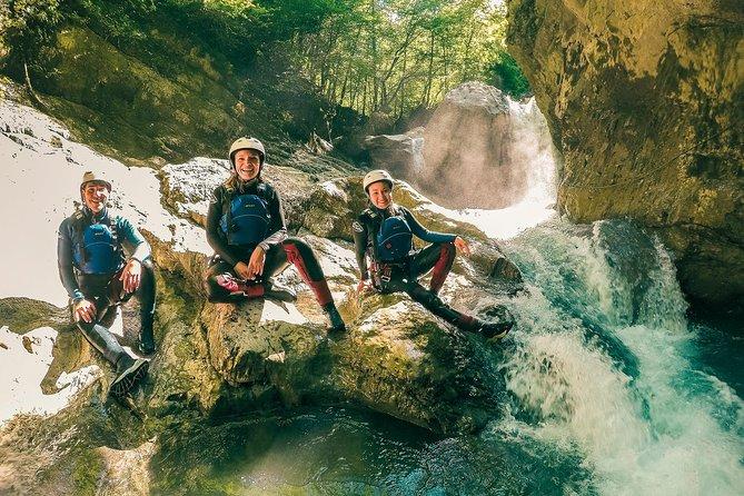 Swiss Alps Beginner Canyoning Experience from Interlaken, Interlaken, SUIZA