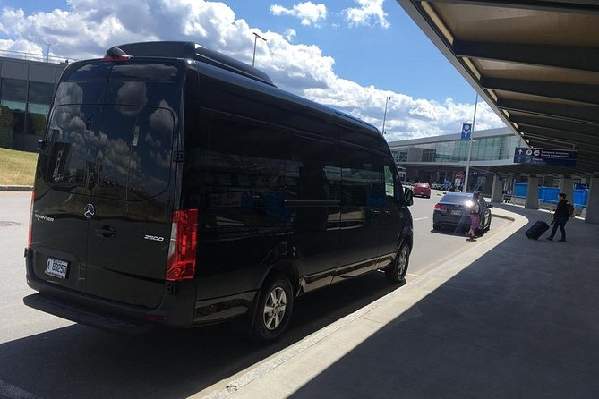 Private transfer from Quebec City downtown to YQB airport, Quebec, CANADA