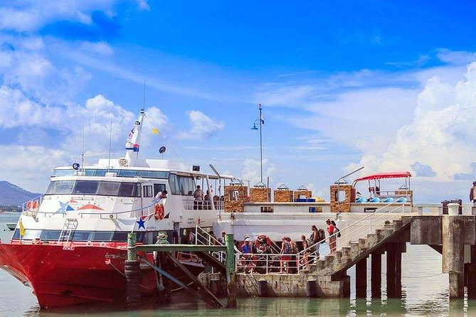 Surat Thani Airport to Koh Phangan by Shared Minivan and Seatran Discovery Ferry, Surat Thani, TAILANDIA