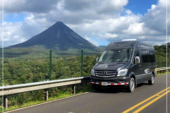 Private Transport from Liberia Int'l Airport to La Fortuna de Arenal, Liberia, COSTA RICA