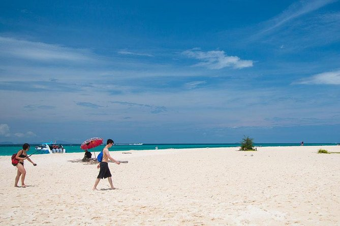 Phi Phi and Bamboo Island One Day Tour from Koh Lanta, Krabi, TAILANDIA
