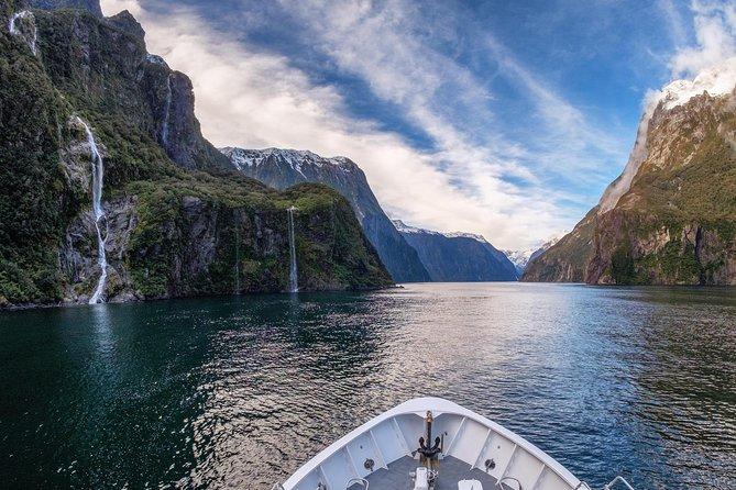 For the most engaging way to experience the riches of Fiordland National Park. This tour includes three modes of transport land, sea and air making this the 'holy grail' of combination tours. It is also a boutique experience with group numbers capped at 19 passengers and with a picnic lunch included.