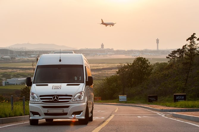 The most convenient way to travel between the hotel & the airport <br>- Door to door van hailing service<br>- Pre-paid via tripadvisor booking means no rip-off <br>- Free picketing service in front of flight landing gate.