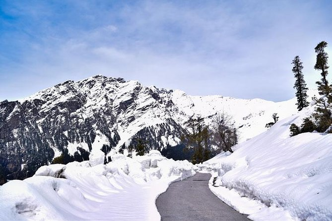 One of the best tour and pleasant weather. Book your tour and get the memorable trip for Kashmir ...