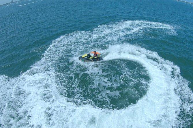 Alquiler de moto acuática en Biscayne Bay, Miami, FL, ESTADOS UNIDOS