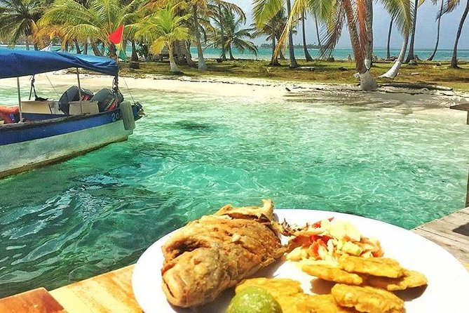 2 Days in Private Cabin in San Blas (min 2 Guests) + 4 Meals + FULL Day Tour, Islas San Blas, PANAMÁ