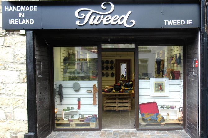 Tweed is owned and run by a Donegal native who grew up steeped in the local tweed tradition.<br>Tweed features Ronan Hanna's own label 'Hata Donegal' aswell as an edited list of designers from the Craft council of Ireland.