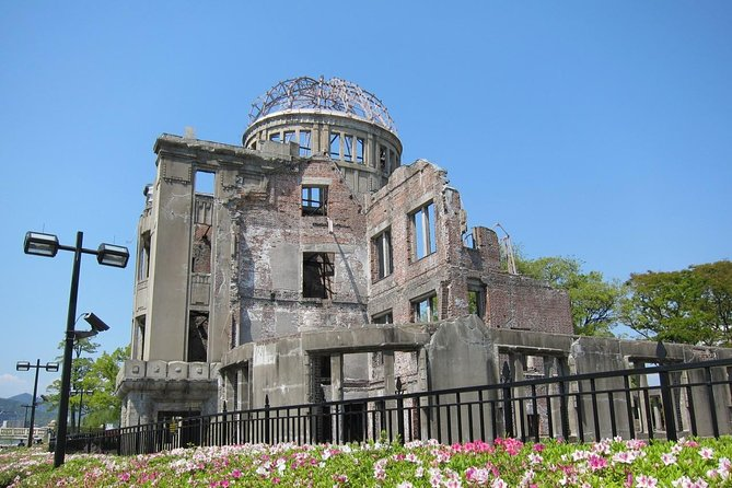 Hiroshima local food & Peace Memorial Park one-day walking tour, Hiroshima, JAPON