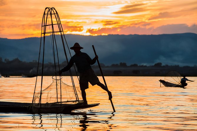 Inle Lake is one of the most magical places in Myanmar, with hundreds of years of history behind it. Experience a full day on Inle Lake getting to see local life on the banks of the river. Amongst the sights you will visit are the 5-day market, Phaung Daw Oo Pagoda, Nga Hpe Kyaung monastery, as well as local workshops.