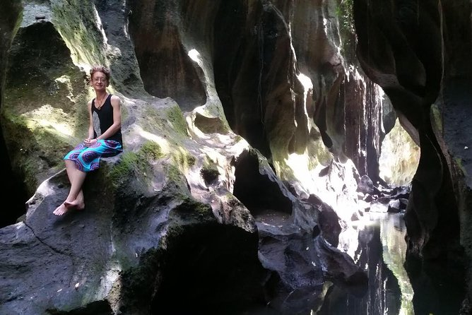 explore the nature is my passion,follow my experience to enjoying the best trip by right things..<br><br>I have licenced of tour guide under the Indonesian goverment guide and i have been work to be guiding at least 4 years,,<br><br>join my experience trip by book this trip!