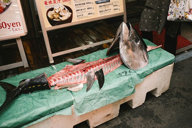 Special Access at Toyosu Fish Market with Hotel Pick Up, Tokyo, JAPON
