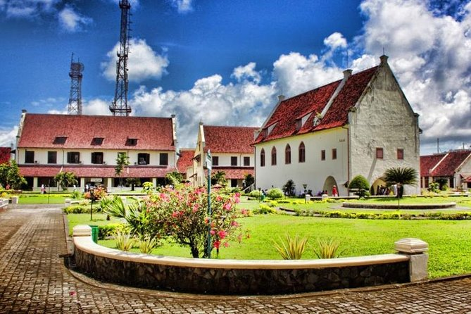 Our Makassar tours has been created to deliver the best Makassar historical tour. Meet the guide in lobby hotel, port or airport at 9 AM then start the tour to visit Balla Lompoa, the Royal Palace of Gowa Kingdom that was built in 1936. Move to Fortress Somba Opu, the historic sights of Makassar. There are several traditional houses representing 3 ethnic groups. Then, enjoy local cuisine for lunch. Continue to visit Fort Rotterdam which was one of the best-preserved examples of Dutch military architecture in Indonesia. After that, visit old Port of Makassar, called Paotere, it is home to famous Pinisi Boats. End the tour and the driver will transfer you back to the hotel, port or airport.