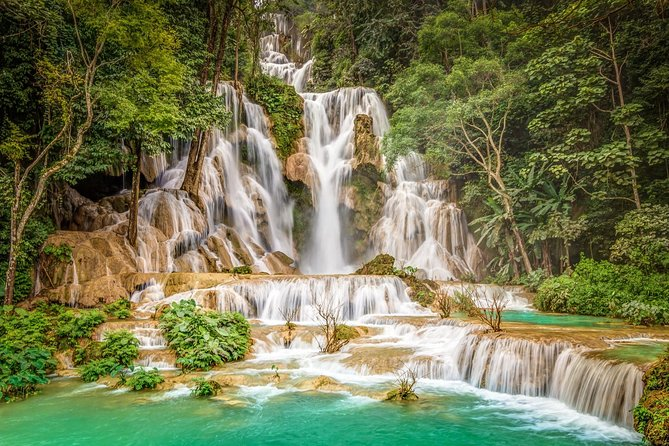 A full day tour in Luang Prabang. In the morning we visit major highlights of Luang Prabang Heritage area with an experienced local guides. After lunch break in Ock Pop Tok Living Craft Center, we join in a superb afternoon excursion to Kuang Si waterfalls. <br><br>The national museums and temples are not well curated. It should be better to go through with a guide. Otherwise, you will just be looking at object without really knowing their importance or origin. All our guides have experienced over 10 years in Luang Prabang tourism industry. Feel free to ask as many as possible. <br><br>City tour start at 8:30 (or 5:30 if you choose to participate in the Alms giving ceremony), Lunch break at Ock Pop Tok Living Crafts Center (12:00-2:00), Kuang Si Falls (2:30-5:00), Return to the city at 5:30-6:00<br><br>Entrance fees for temples and national museum are NOT included.