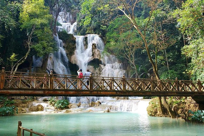 Relax and enjoy the magnificent natural surroundings of Kuang Si Waterfalls. The water tumbles down and cascades gently into several cool, clear pools where you can enjoy a refreshing swim. The adventurous may walk to the top of the falls via a steep track where stunning views are awaiting them. Kuang Si Waterfalls also is a place where a rescue center for protecting sunbears, the endangered species, is located.<br><br>After pickup from your accommodation, we depart from the city and drive about 45 minutes to get to the waterfalls. We'll stay 2-2.5 hours in the falls and then return to the city center. This package includes only transferring service to the waterfalls. Not include entrance fee and tour guide.<br><br>Private transfer service can depart / return at your convenient time and be short stop at extra destinations on the way according to your request (Local Hmong / Khmu villages, Buffalo farm, Butterfly Park etc.. )