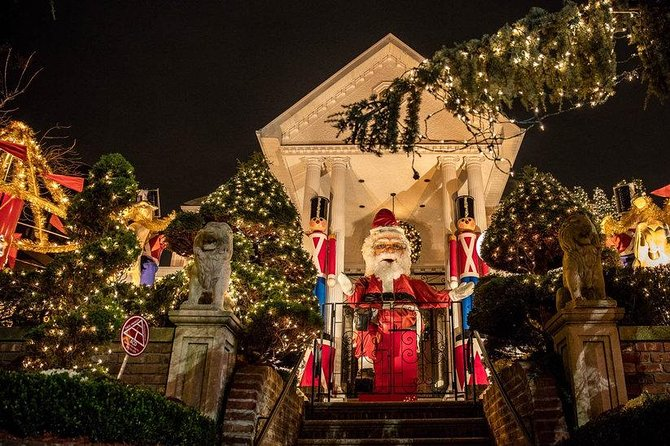 Christmas Lights Tour Dyker Heights In Brooklyn New York Ny Estados Unidos