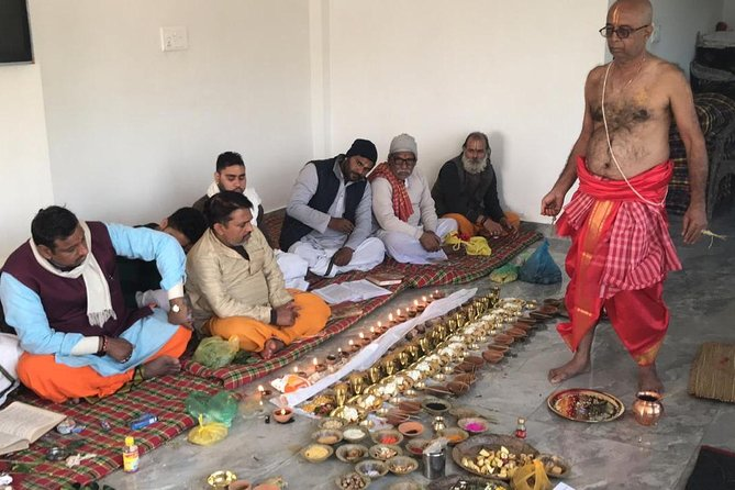 End to End Arrangements for Pindddaan and Rituals at gaya<br>Perform Pinddaan or Death rituals by authentic Purohits arranged by Saatvik Teerth Yatra.<br><br>•Visit Gaya for sightseeing Vishnupad Temple, Falgu River & Mangla Gauri Shrine.<br><br>•In Bodhgaya, visit Lord Buddha Temple and Mahabodhi Tree.<br><br>•Explore SitaKund, Janki temple, Haleshwar Asthan, Ram churaon way<br><br>•Drop to Airport/Railway Station
