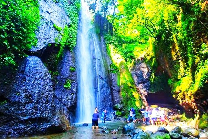 We offer affordable & flexible 2 days land transport Jakarta Bogor Tour<br><br>We do not only offering great tour experience but also life time friendship
