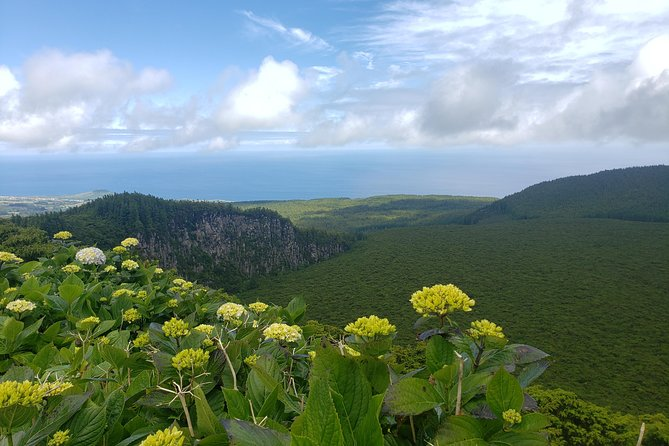Full-Day Hiking Tour in Terceira Island - Rocha do Chambre, Terceira, PORTUGAL