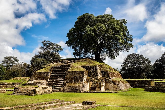 Experience Guatemala's mixture of Spanish and Mayan influences on this full-day tour of Iximché and Antigua. Learn about Mayan history from your knowledgeable guide as you explore the archeological site of Iximché. Then, head to the Spanish colonial city of Antigua to visit some of its most famous sites, including San Francisco Church, Calle del Arco, La Merced Church and Plaza Central. This day tour is perfect for the whole family!