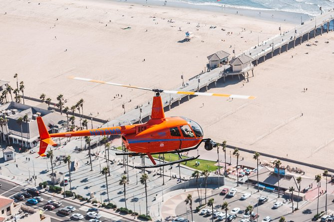 While not quite as mysterious as the Bermuda Triangle, the OC Triangle is far cooler! For approximately 20-25 minutes, fly over the classic OC beaches without breaking the bank! Our shortest tour will fly you over Huntington Beach Pier and Newport Harbor for the perfect taste of beach life.